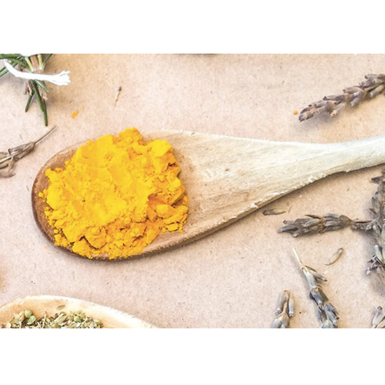 turmeric-whiten-teeth-purewow-partner-fwx